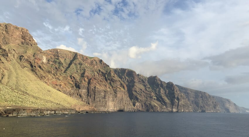 Gigantes-Tenerife-from-the-north-western-headland