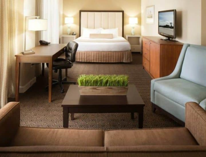 DoubleTree by Hilton Jacksonville Downtown