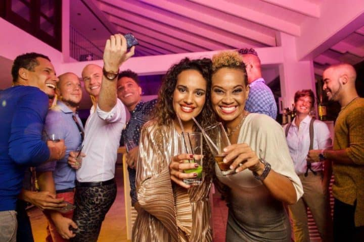 Rainbow Lounge and Bar at Floris Suite Hotel
