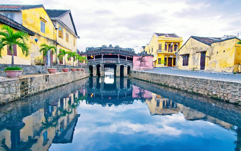 Gay Vietnam · Country Guide
